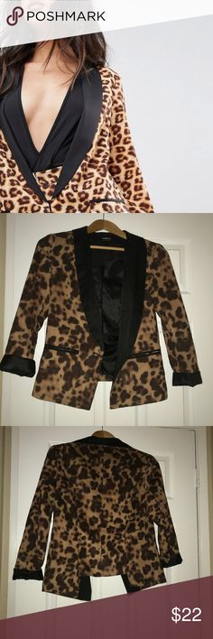 Cheetah Blazer Beautiful and elegant cheetah blazer, cheetah never goes out of style!Rock it out with a band tee and ripped jeans or wear it work for a fun updated look. Brand is hommage made in LA hommage Jackets & Coats Blazers
