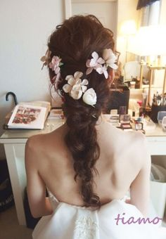 大人可愛い3スタイルチェンジ♡素敵なご結婚式 |大人可愛いブライダルヘアメイク『tiamo』の結婚カタログ