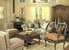 07 Gorgeous French Country Living Room Decor Ideas