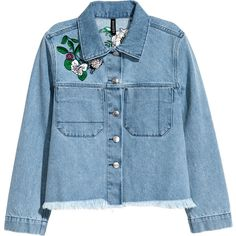 Bestickte Jeansjacke 39,99 (£39) ❤ liked on Polyvore featuring outerwear, jackets, h&m, abrigos, coats, jean jacket, blue denim jacket, embroidered jacket, short jean jackets and collar jacket