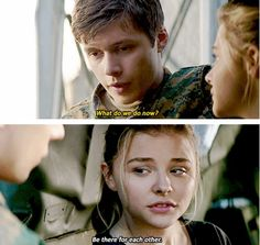 viola eade and todd hewitt The Fifth Wave Book, The 5th Wave Series, Any Book, Love Book, A 5ª Onda, The 5th Wave 2016, The Last Star, Nick Robinson, Movie Couples