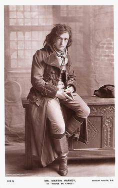 British Actor-manager Sir John Martin Harvey (1863-1944)