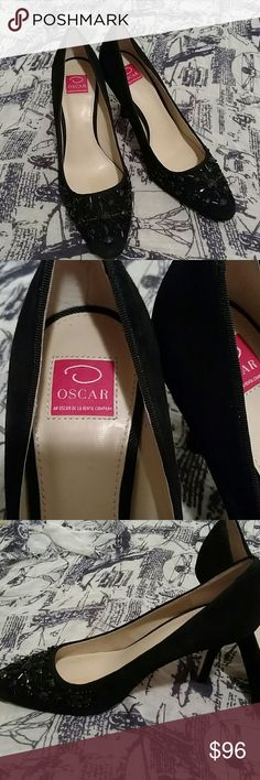 Oscar by oscar de la Renta size 9m Used vintage heels size 9m. Soles are very worn but other than that in wearable, decent condition still. Oscar de la Renta Shoes Heels