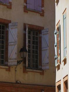 Dans la vieille ville, Toulouse, Haute-Garonne, Midi-Pyrénées, France.   par byb64