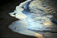 Aqua Bumps  Artwork Name: Exit Stage Left   Location: Bondi Beach  Image Ref: _MG_9419  Date shot: 28th June 2011