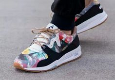 le coq sportif LCS R1400 Tropical Flowers