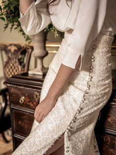 Dresses - Lovely skirt and white shirt Inspiring Ladies Look Fashion, Fashion Outfits, Womens Fashion, Fashion Design, Cheap Fashion, Fashion 2017, Fashion Details, Spring Fashion, Retro Mode