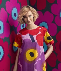 Can't get enough of this color from Marimekko. Design Textile, Textile Patterns, Fabric Design, Pattern Design, Floral Patterns, Marimekko Dress, Marimekko Fabric, 50 Fashion, Fashion Prints