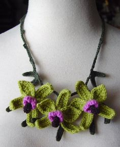 Crochet Green and Purple Orchid Flowers Necklace | Flickr - Photo Sharing!