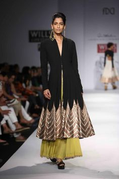 Scarlet Bindi - South Asian Fashion: Wills Lifestyle Fashion Week Spring/Summer 2013: Day 1