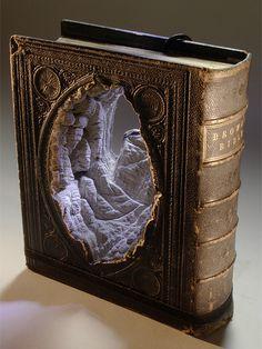 Surpreendentes esculturas com livros