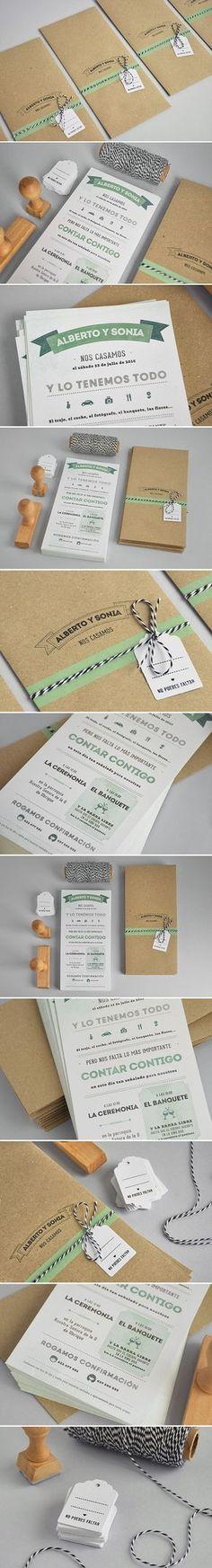 Diseño de invitaciones de boda con acabados hechos a mano.
