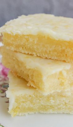 "Cakey Lemon Bar ""Brownies"""