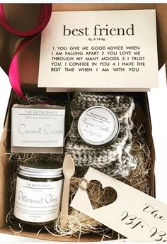for best friends makeup Best Friend Box - Spa Gift Set - Miss You Gifts, Gifts Love, Bff Gifts, Handmade Gifts For Friends, Sister Gifts, Handmade Birthday Gifts, Creative Birthday Gifts, Food Gifts, Girl Gifts