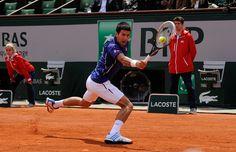 Novak Djokovic se déplace à toute allure. Trop vite pour Philipp Kohlschreiber vaincu en quatre sets..