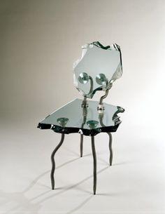 Danny Lane, Etruscan Chair, 1988 verre et acier ed danny lane Funky Furniture, Unique Furniture, Furniture Design, Furniture Sketches, Furniture Plans, Kids Furniture, Glass Chair, Cristal Art, 90s Design