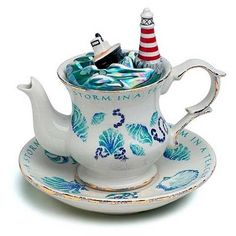 """Storm in a Teacup"" Teapot"