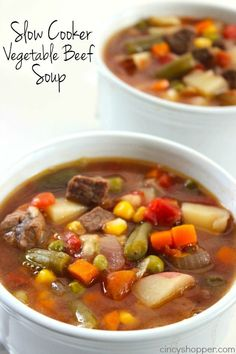Slow Cooker Vegetable Beef Soup - loaded with lots of vegetables, beef and tons of flavor! Perfect fall and winter soup made right in your Crock-Pot. - a little bland, use tomato juice instead of diced for flavor Crock Pot Soup, Crock Pot Slow Cooker, Crock Pot Cooking, Slow Cooker Recipes, Crockpot Recipes, Soup Recipes, Cooking Recipes, Healthy Recipes, Venison Recipes