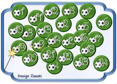 24 Button Adventskalender Fußball von Jasuki auf DaWanda.com