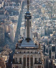 Victoria Carrasco Monedero The Empire State Building, New York. New York City Buildings, Lake George Village, I Love Nyc, New York Life, City Landscape, Jolie Photo, New York Travel, New York Giants, Empire State Building