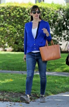 Jennifer Garner Casual Style – Out in Los Angeles – May 2014