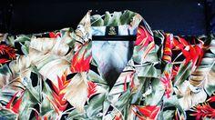 XL Hawaiian shirt Hawaiin button down Hawaiian print by ITSYOYEEN, $19.00