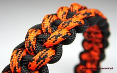 Use this to make a baseball bracelet. Stitched Solomon Bar (back side) | Swiss Paracord
