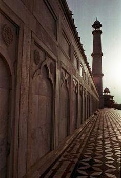 Taj Mahal by Sarbear
