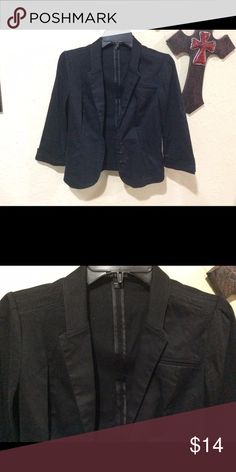 Express black size 4 blazer This is a pre owned, in good condition, Express black size 4 3/4 sleeve with 3 button front blazer. Fast shipping from a smoke free home. Offers and questions welcome. Thank you for looking. Express Jackets & Coats Blazers