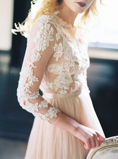 lace and tulle wedding dress | Photo by Maria Lamb