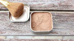 DIY Dry Shampoo: cocoa powder and corn starch