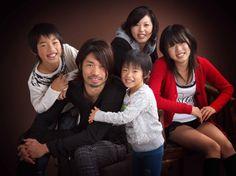 $家族写真家が結婚記念日に残す家族写真を撮る佐々木写真館-01