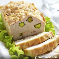 Receta de terrina de pollo con pistachos para comer con los niños. Recetas frías para el picnic con los niños. Cómo hacer, paso a paso, una receta de terrina de pollo con pistachos para los niños.