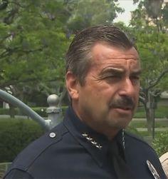 Polícia não ajudará a deportar imigrantes, diz chefe em LA