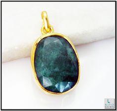 Indian Emerald Gems Stones 18 Ct Y.G. Plated Heart Jewelry Pendants L 1.5in Gppiem-3218 http://www.riyogems.com