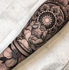 memes de natal uva passa \ memes uva passa & memes de uva passa & memes com uva passa & uva passas memes & memes de natal uva passa & memes natal uva passa & memes sobre uva passa Floral Mandala Tattoo, Floral Tattoo Design, Tattoo Designs, Forearm Tattoo Design, Forearm Tattoos, Body Art Tattoos, Sleeve Tattoos For Women, Tattoos For Guys, Piercing Tattoo