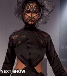 Lakme-Fashion-week-Surbhi-Shekhar-14-final2
