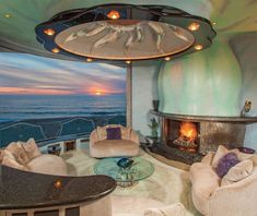 111 Best Cozy Living Room with Fireplace of All Types - ThefischerHouse 80s Interior Design, Interior And Exterior, Interior Decorating, Eclectic Living Room, Living Room Trends, Art Deco, Laguna Beach, Mediterranean Living Rooms, Miami