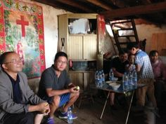 The Miao were very hospitable and always wanted us to drink tea or hot water. 苗族人非常好客,每家每户入门后都招待我们喝茶或者喝热水。
