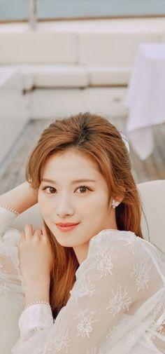 Kpop Girl Groups, Korean Girl Groups, Kpop Girls, K Beauty, True Beauty, Twice Fanart, Twice Korean, Sana Momo, She's A Lady