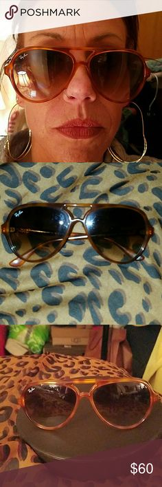 Vintage Ray Ban Aviator Sunglasses - Authentic Lightweight Authentic Vintage Ray-Ban Aviators. Who doesn't love a fresh pair of aviators? Tortoise like pattern throughout.  They are pretty sturdy. I've had them for a while. Tey are 100% authentic. Send me an offer...all offers will be considered. ☠NO TRADING☠ Please use offer button at bottom of page. Post any questions you might have prior to purchasing. Thank you so much for checkin out my closet....Happy Poshing y'all! Ray-Ban Accessories…