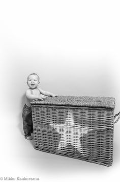 B&W Watch Photo, Laundry Basket, Wicker, Decor, Decoration, Decorating, Laundry Hamper, Loom, Deco
