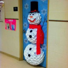 Snowman decoration made out of cups for your door!