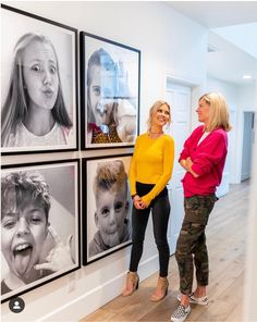family photos on the stairs wall Family Wall Decor, Living Room Decor, Christina El Moussa, Photo Displays, Family Photos, Diy Home Decor, Gallery Wall, New Homes, House Design
