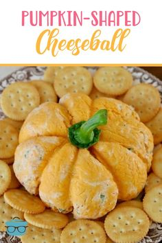 This Pumpkin-Shaped Cheeseball is made with creamy, delicious, ranch-style filling covered in cheese! It's the best! Perfect for Halloween or Thanksgiving. Best Appetizers, Appetizer Recipes, Snack Recipes, Cooking Recipes, Best Pumpkin, Baked Pumpkin, Thanksgiving Recipes, Fall Recipes, No Bake Pumpkin Cheesecake