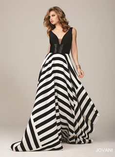 || Pure Couture Prom || Jovani Prom