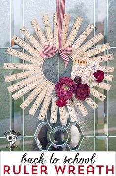 How to make a Ruler Wreath - The Polkadot Chair Teacher Appreciation Gifts, Teacher Gifts, Ruler Wreath, Teacher Gift Baskets, Back To School Crafts, Teacher Christmas Gifts, Wreath Forms, How To Make Wreaths, Fall Crafts