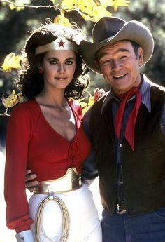 "Lynda Carter and Roy Rogers in Wonder Woman, ""The Bushwhackers"" 1 875 пикс Lynda Carter, Captain Marvel, Marvel Dc, Wander Woman, Ghost In The Machine, Best Superhero, Roy Rogers, Portraits, Hollywood"
