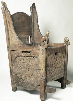 The Blakar chair. Notice the lower part of the right hind leg is replaced. A 13th century chest chair.