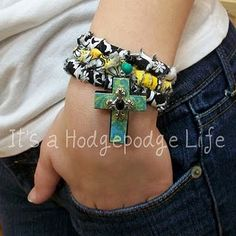 Tutorial for rag bracelet  Pinned from PinTo for iPad 